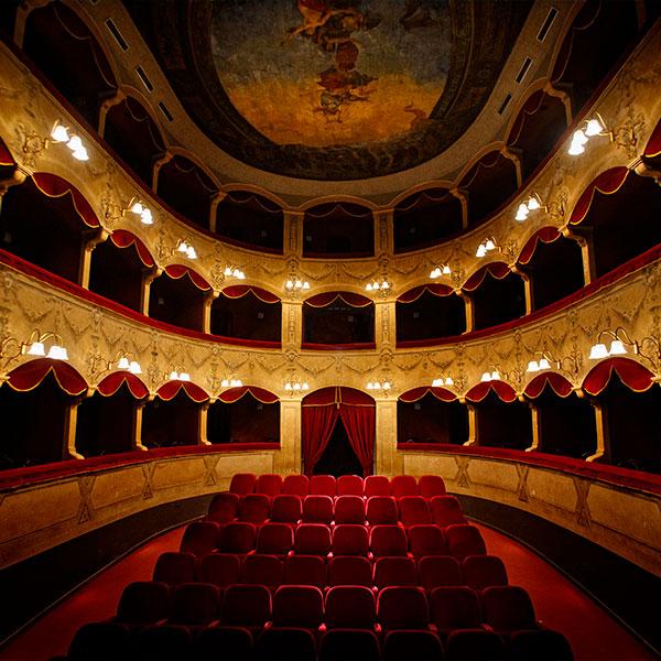 Teatro-comunale-Salvatore-Cicero